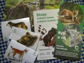 Printed information materials on large carnivores